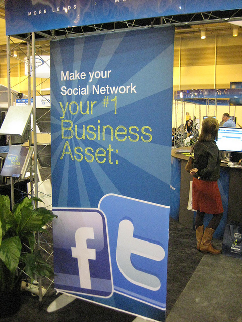 social-media-sign